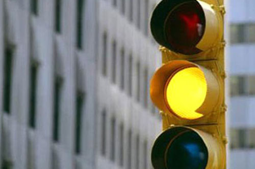 vi phạm giao thông, vượt đèn đỏ, vượt đèn vàng, xử phạt