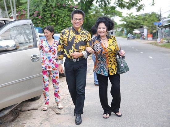 Ngày 19/7, MC Thanh Bạch tổ chức cưới lần thứ 9