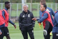 Hôm nay, MU đá trận ra mắt dưới thời Mourinho