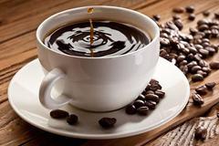 Phát hiện 9 mẫu cà phê không caffeine bán tràn lan trên phố