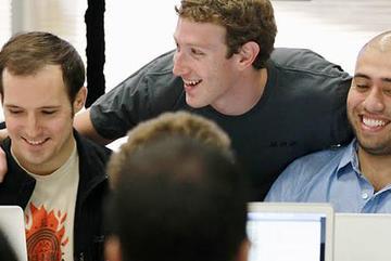 Ông chủ Facebook luôn hỏi nhân viên câu này