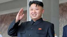 Bỏ ảnh Chủ tịch Kim trên sách vì sợ học sinh vẽ bậy