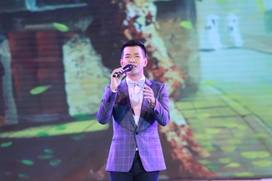 Dàn diễn viên 'Cô dâu 8 tuổi' gây náo loạn tại Hà Nội