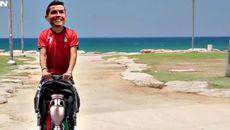 Ronaldo độc chiếm cúp vô địch EURO, vác đi du lịch