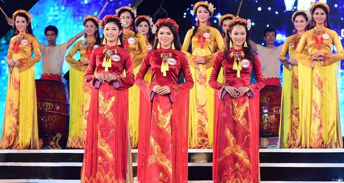 Hoa hậu Việt Nam 2016: Chọn nụ hay hoa?