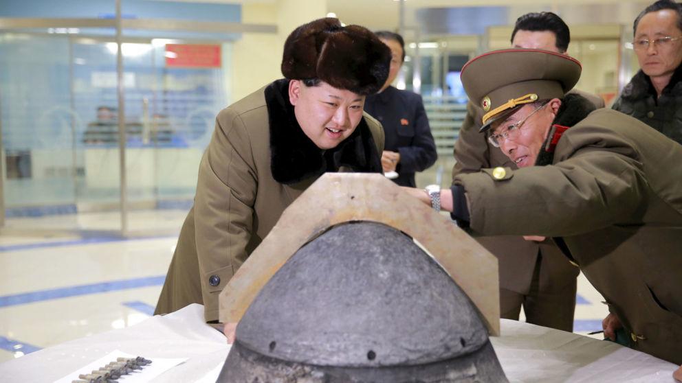 Triều Tiên phóng 3 tên lửa ra biển Nhật Bản