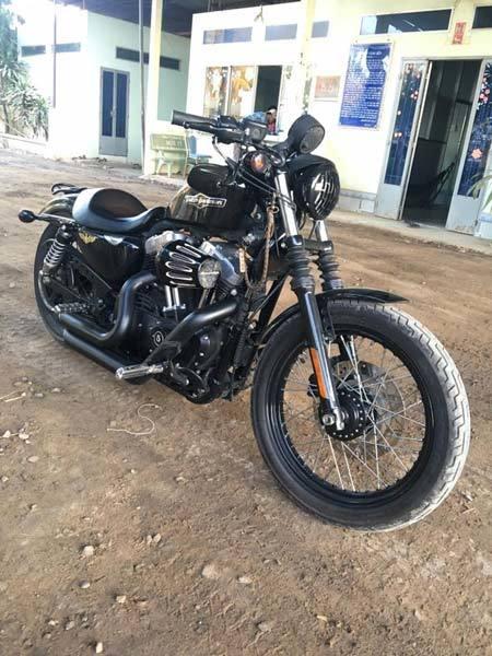 Má Mười U70, lái mô tô, Harley Davidson 48, xe sang, xe máy, xe phân khối lớn, tay chơi, bà lão