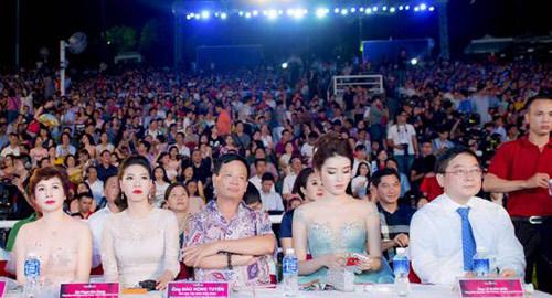 Cố vấn sắc đẹp Hoa hậu VN: Ngọc muốn sáng phải mài giũa
