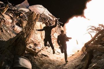 Bom tấn 'Star Trek' hé lộ tình tiết không ngờ