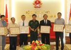 Bộ trưởng TT&TT nhận kỷ niệm chương Vì chủ quyền, an ninh biên giới