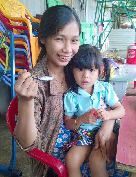 Vụ trao nhầm con: Đứa bé 'gửi nhầm' được về nhà