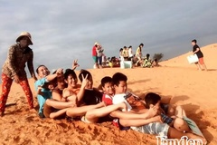 Trượt cát ở Mũi Né: Trải nghiệm khó quên trong đời