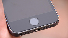 Mỹ: Dùng vân tay người chết để mở khóa iPhone