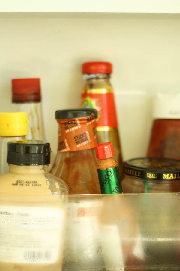 Hãy mở tủ lạnh vứt ngay những thứ này đi, kẻo rước bệnh vào nhà!