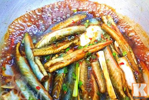 Cá kèo kho rau răm đơn giản nhưng lại ngon cơm đến bất ngờ