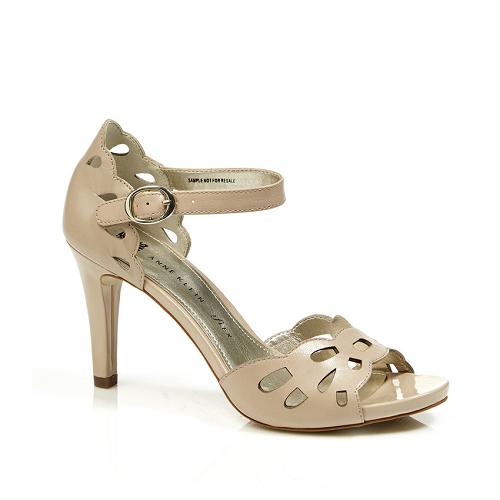 3 dáng giày cao gót 'được lòng' phái đẹp