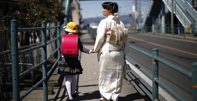 Sự bình dị đáng ngờ của đại gia Nhật
