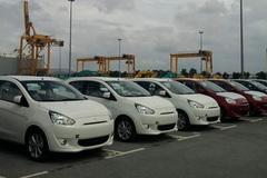 Ô tô nhập khẩu bỏ chạy khỏi cảng Cái Lân