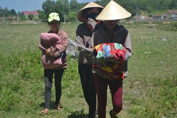 Dân Co Ro Đắp Chăn Giữa Chảo Lửa Miền Trung