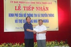Bộ trưởng Trương Minh Tuấn trao kinh phí xây nhà tình nghĩa cho TT-Huế