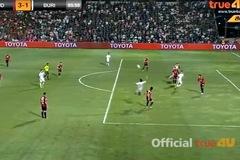 Video cầu thủ Thái Lan ăn vạ kiếm penalty cực siêu