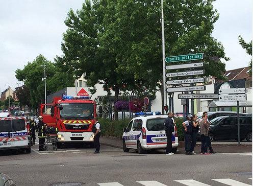 Bắt cóc ở Pháp, một con tin thiệt mạng