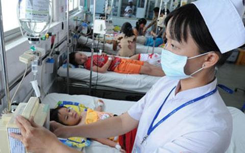 Sốt xuất huyết tăng gấp 3 lần, 14 người tử vong