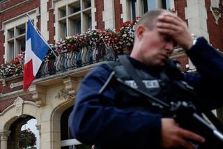 Nước Pháp oằn mình trong 19 tháng bạo lực khủng bố
