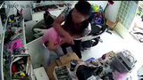 Bắt băng cướp vào tận nhà kề dao, cướp Iphone ở Sài Gòn