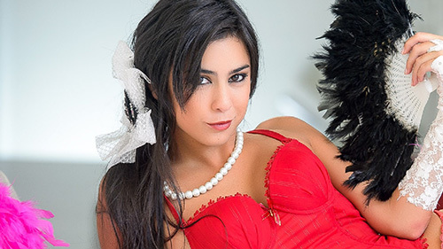 Celeste Sablich Nude Photos 16