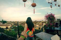 Bộ ảnh cực 'hot' của cặp đôi Việt 'nắm tay nhau đi khắp thế gian'