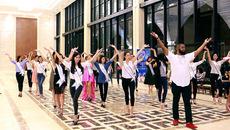 40 mỹ nhân tỏa sáng cùng 'Vũ điệu đại dương'