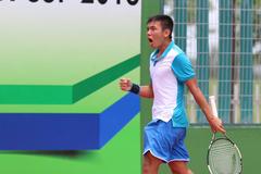 Giải Men's Future: Lý Hoàng Nam gác vợt trước hạt giống số 1