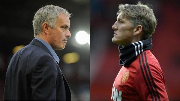 Đón Pogba, Mourinho phũ phàng 'đuổi' 9 cầu thủ MU