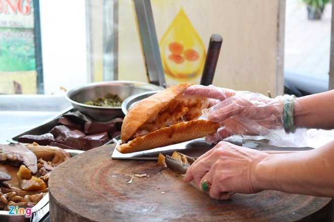 7 tiệm bánh mỳ hút khách ở TP HCM
