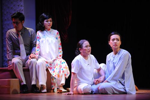 Hoàng Thái Thanh, Thành Hội, Ái Như, Rau răm ở lại, sân khấu