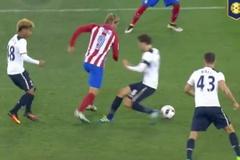 """Xỏ háng trêu tức đối thủ, Torres bị """"đánh hội đồng"""""""