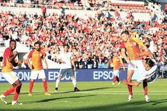 Ibrahimovic lập siêu phẩm, MU vùi dập Galatasaray