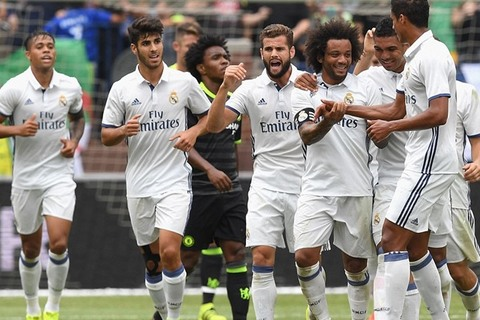 """Real Madrid 3-2 Chelsea: Gọi Marcelo là """"siêu nhân"""""""