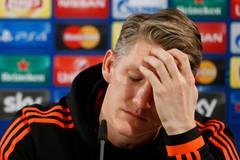 Mourinho xác nhận 2 ngôi sao rời khỏi MU
