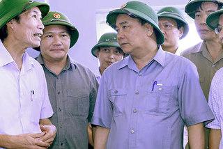 Thủ tướng yêu cầu rút kinh nghiệm dự báo bão
