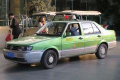 Cùng bồ bắt taxi, gặp đúng chồng làm tài xế