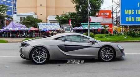 Bộ ba siêu xe Lamborghini, xuống phố, đường phố, ô tô, siêu xe, xe sang, sưu tập