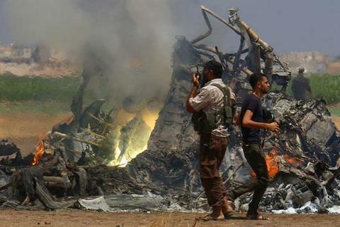 Trực thăng Nga bị bắn hạ bốc cháy ngùn ngụt