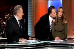 Nữ MC bị cưỡng hôn trên truyền hình trực tiếp