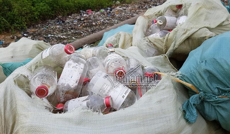 Lãnh đạo Bắc Ninh ngớ người về núi rác thải y tế