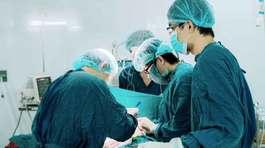 Nhiều bệnh nhân ung thư đầu hàng do thiếu tiền