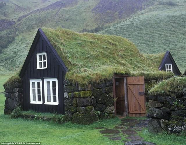 Những ngôi nhà cỏ đẹp như cổ tích trên thế giới