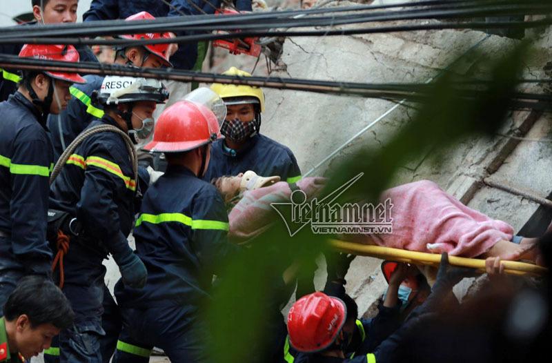 Hà Nội: Sập nhà 4 tầng, 2 người tử vong