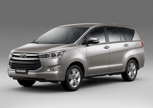 Xe Toyota Innova 2016 2.0 V có gì khi giá bán gần 1 tỷ? 1